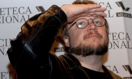 "Guillermo del Toro working on ""Insane"" – trilogy"
