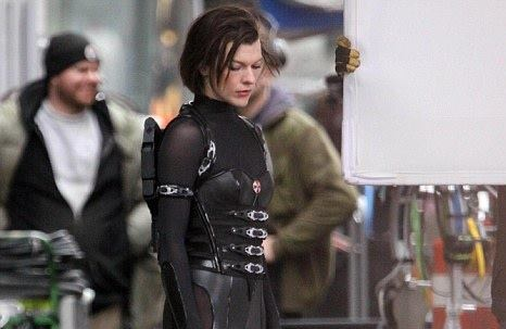 Resident Evil: Retribution trailer could be in theaters by Christmas