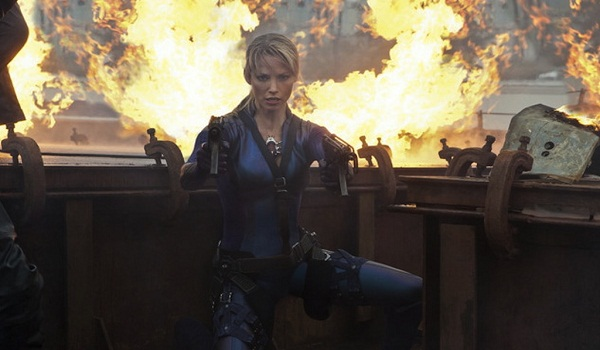 Resident Evil: Retribution stills show off the cast in action
