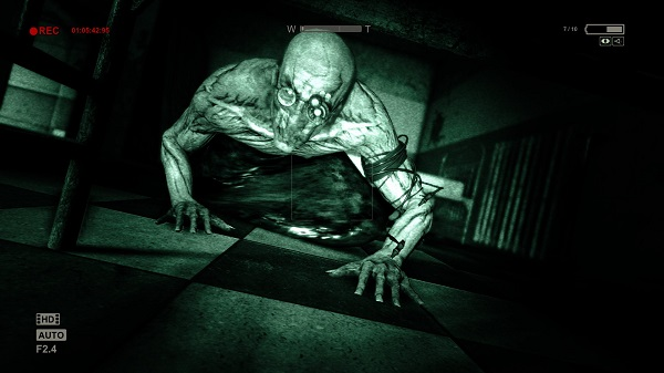 Outlast will be a buttery smooth asylum adventure on PS4