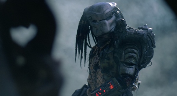 See the Predator kick ass in this Mortal Kombat X footage