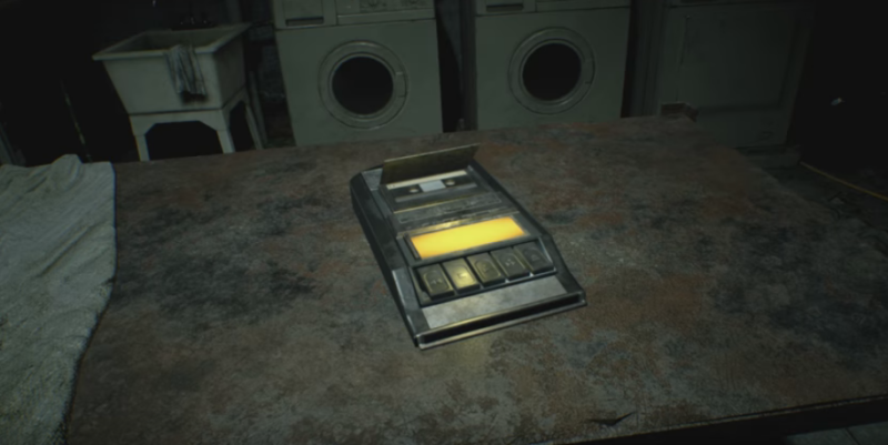 Two New Mini-Teasers For RE7 Released, Showcasing Saving and the Knife