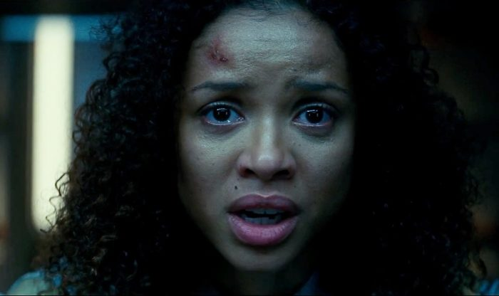 Horror Movie Commentary #17 – The Cloverfield Paradox (Download Now)!